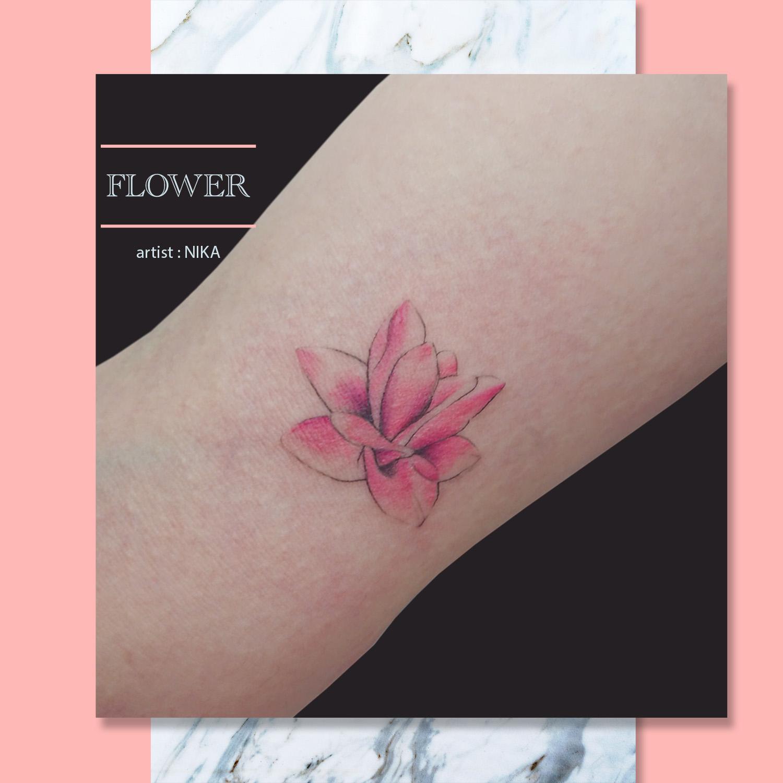 花 水彩 タトゥー